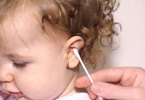 ausu-krapstukai-yra-labai-zalingi-ir-gali-sukelti-apkurtima-teigia-mokslininkai-61192339